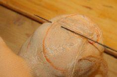WALDORF DOLL TUTORIAL Doll Making Tutorials, Heirloom Sewing, Doll Tutorial, Waldorf Dolls, Doll Hair, Felt Toys, Diy Doll, Fabric Dolls, Baby Sewing