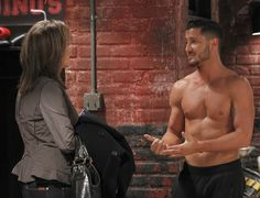 'Dancing With the Stars' pro Val Chmerkovskiy goes shirtless on 'General Hospital'