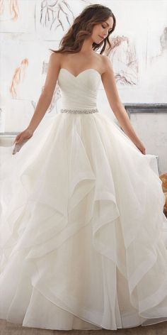 awesome 38 Trending  Dreamy Wedding Dresses Ideas 2017  http://viscawedding.com/2017/12/30/38-trending-dreamy-wedding-dresses-ideas-2017/