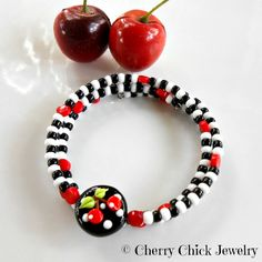 Cherry Checkerboard Memory Wire Bracelet  Cherry by CherryChick