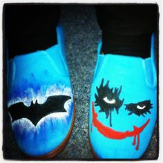 Arts and Crafts with Brogen Hayes >> I done made me some Batman runners.