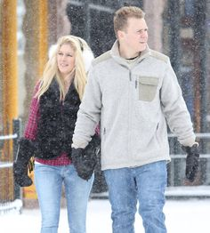 Pin for Later: Can't-Miss Celebrity Pics!  Heidi Montag and Spencer Pratt took a Sunday stroll in Aspen, CO.
