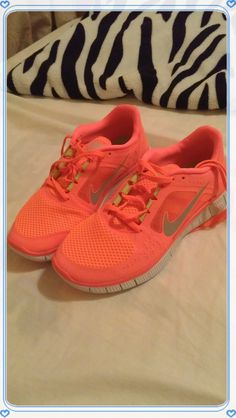 hot punch nikes, pink nike shoes, womens nike sneakers pink, sport shoes 2014 for girls under $50       Fashion 2014 for Womens in summer