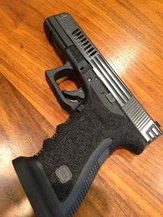 Glock 17... It has the super aggressive stippling on this. I know some hate it but you can't argue the benefits of it. In my opinion.