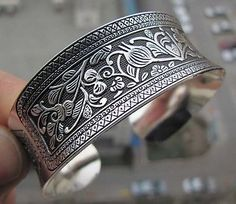 Tribal China Old Tibet Silver Vintage Leaf Woman's Cuff Bracelet Bangle Jewelry