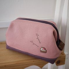 artchala handmade: New Handmade in house . Cosmetic Frame Pouch