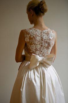 Emanuelle (back) - Francesca Miranda #Bridal #Spring2013 #Bow