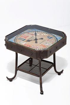Warum Muss Eine Uhr An Der Wand Hngen Dieser Beistelltisch Von Kare Im Vintagelook Hat