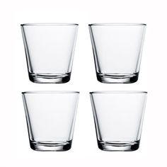 Det stilrena Kartio glaset kommer från Iittala och är designat av Kaj Franck 1958. Glaset har en enkel och elegant design som gör det till det perfekt för vardagsbruk. Detta set av fyra glas är perfekt att ge bort som en fin present och kan enkelt kombineras med andra stilfulla delar ur Kartio serien. Välj bland olika färger.