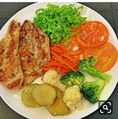 Healthy Meals - Useful Articles Healthy Menu, Healthy Meal Prep, Healthy Eating, Healthy Recipes, Clean Eating Meal Plan, Clean Eating Recipes, Aesthetic Food, Food Inspiration, Meal Planning