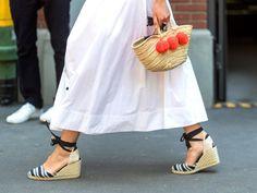 Als Alternative zur weißen Jeans: Das sind die schönsten weißen Sommerröcke