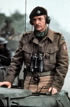 Michael Caine in A Bridge Too Far. Hollywood Men, Hollywood Stars, Classic Hollywood, British Army Uniform, British Uniforms, Michael Cain, War Film, Market Garden, King And Country