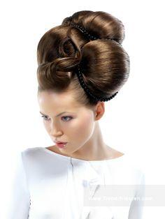 Trendy Haar Lange Braun weiblich Gerade gewellte Hochsteckfrisur Plastische Polnisch Frauen Frisuren hairstyles
