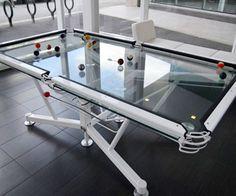 Durchsichtiger Billiardtisch darumbinichblank.de