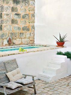 49 Cool Tiny House Design Ideas To Inspire You - Small Backyard Pools, Small Pools, Nice Pools, Small Balcony Design, Summer Deco, Casa Patio, Mini Pool, Outdoor Bathrooms, Mediterranean Homes