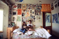 In my room Cute Room Ideas, Cute Room Decor, My New Room, My Room, Room Ideas Bedroom, Bedroom Decor, Chambre Indie, Chill Room, Retro Room