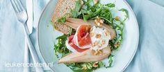 Dit heerlijke voorgerecht van gekarameliseerde peer met ham en ricotta is heel eenvoudig zelf te maken.