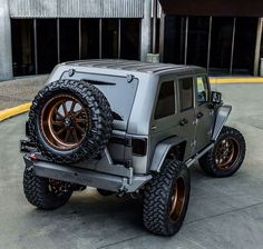 Damnit I love this Jeep! Jeep Rubicon, Jeep Wrangler Jk, Jeep Wrangler Unlimited, Jeep Suv, Jeep Truck, Jeep Land Rover, Jeep Commander Lifted, Jeep Carros, Silver Jeep