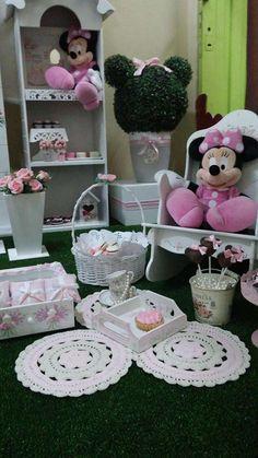 Adorable Picnic de Minnies Rosas   CatchMyParty.com