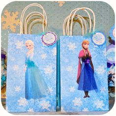 Frozen Party Gift Bags Printable    This is the perfect party party bags for your Frozen birthday party!