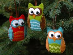 Felt Owl Ornaments with Template