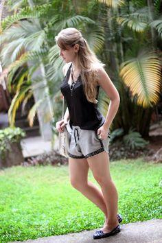 Pretinho básico. Adoro! #style #BlogdaTalita #TalitaScoralick #fashion #short In http://talitascoralick.blogspot.com.br/