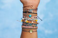 Live free ✨ #puravidabracelets #bracelets #jewelry #compass #turquoise #moon #delicate Hippie Bracelets, Pura Vida Bracelets, Woven Bracelets, Hippie Jewelry, Gothic Jewelry, Skull Jewelry, Western Jewelry, Tribal Jewelry, Estilo Hippie