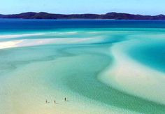 Whitsunday Island in Australia -- Whitehaven Beach is a 7 km stretch along Whitsunday Island. The island is accessible by boat from the mainland tourist ports of Airlie Beach and Shute Harbour, as well as Hamilton Island. Oh The Places You'll Go, Places To Travel, Places To Visit, Travel Destinations, Holiday Destinations, Travel Stuff, Whitehaven Beach Australia, Queensland Australia, Australia Travel