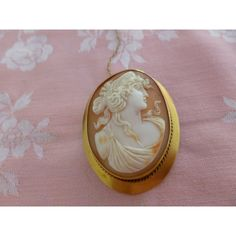 Large Antique Late Victorian or Edwardian 15K Gold Shell Cameo Brooch,... ($510) ❤ liked on Polyvore featuring jewelry, brooches, antique victorian jewelry, cameo jewelry, antique cameo brooch, gold cameo brooch and gold jewellery