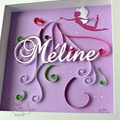 Cadeau personnalisé pour Méline, en quilling et papier découpé, sur le thème des fées, dans une gamme de violets pour un tableau très frais et féminin.