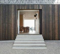 Wohnhaus von dekleva & gregoric Wood facade