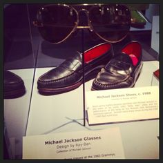 Rock and Roll Hall of Fame reppin' Michael Jacksons signature Ray Bans.