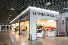 Remodelação de espaço comercial, incluíndo o rebranding. Loja no Piso 1 da Aerogare do aeroporto da Madeira. Obra concluída em Março 2017.