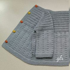 Ravelry Eng 002 Rillo And Hyggen Baby Cardigan Knitting Pattern, Knitted Baby Cardigan, Knit Baby Sweaters, Knitted Baby Clothes, Knitted Coat, Girls Sweaters, Baby Knitting Patterns, Knitting For Kids, Hand Knitting
