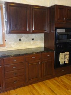 Home Depot reviews Rustoleum Cabinet Transformations in Rusic
