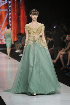 Jakarta Fashion Week 2014 : Beautiful Liar Haute Couture 2014 Collection By Ivan Gunawan ~ Glowlicious Me