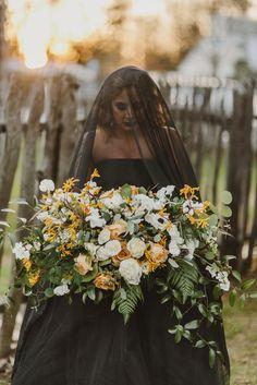 http://www.100layercake.com/blog/2016/03/02/edgy-fall-elopement-inspiration/