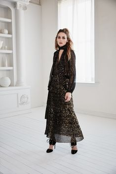 OCT_Olivia-Palermo+Chelsea28-Fall-Collection-(10)