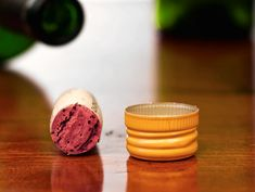 Did you ever wonder what the big deal was over wine cork vs screw cap? Cool Things To Make, Things To Sell, Homemade Wine, Screw Caps, Homebrewing, Wine Corks, Wine And Beer, Beer Brewing