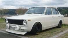 Toyota Cars, Japanese Cars, Toyota Corolla, Car Stuff, Jdm, Cars And Motorcycles, Vintage Cars, Old School, Garage