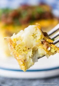 Our Easy Tater Tot Breakfast Casserole takes minutes to assemble. Truly a perfect one-dish meal for family breakfast, fancy brunch, or a church potluck! Tater Tot Breakfast Casserole, Breakfast Bake, Breakfast Dishes, Breakfast Recipes, Tater Tots, Toblerone, Easy Casserole Recipes, Easy Recipes, Popular Recipes