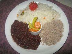 Arroz Aguado (Nicaraguan Chicken and Rice Stew)