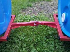 Drum Barrel Outdoor Child Kiddie Ride On Yard Train Car Barrel Projects, Welding Projects, Diy Projects, Train Car, Train Rides, Barrel Train, Homemade Trailer, Kids Play Equipment, Kids Wagon