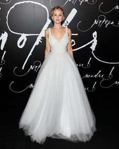J.Law's ballgown is also all sort of epic.