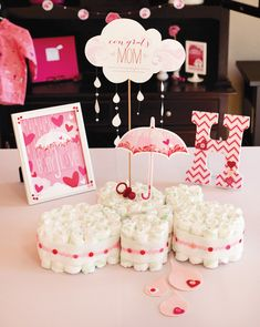 Showered With Love Baby Shower {Part 1: Table & Decor} // Hostess with the Mostess®