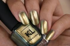 It's Fall in the City with KL Polish's fall 2018 collection! KL Polish has released six all-new shades that are perfect for the changing weather. Cute Nails, My Nails, Bright Nail Art, Nails 2018, Toe Nail Designs, Nails Design, First Finger, Clean Nails, Top Nail