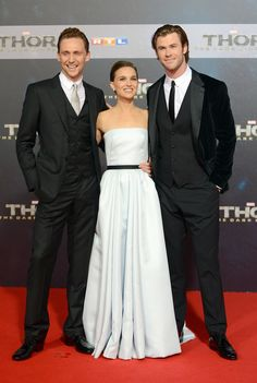 Tom Hiddleston, Chris Hemsworth and Natalie Portman attend THOR: The Dark Kingdom Germany premiere at CineStar on October 27, 2013 in Berlin, Germany [HQ]