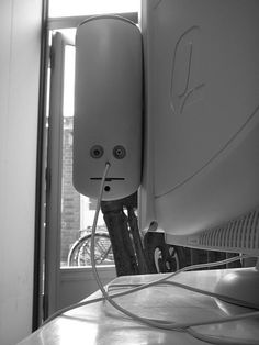 This is a speakerbox attached to a Compaq CRT-monitor.  It was set ready for disposal, when I saw it, staring at me.  w00t   YBC operates more than 13 warehouses and processing facilities across the globe. Our international reach provides our largest clients with one-stop shopping