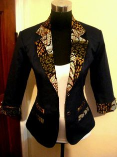 Fitted jacket with kente or ankara well African fabric I know I already did a post on Ankara (African Prints) last year but my fingers are itching to share with you more pics I came across of amazing African Print designs (the leather skirt and Ankara … African Inspired Fashion, African Print Fashion, Africa Fashion, Fashion Prints, Fashion Design, African Print Dresses, African Fashion Dresses, African Dress, African Prints