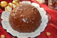 """Da un po' di giorni avevo voglia di qualcosa di buono...... qualcosa di cioccolatoso, e cosa c'è di meglio della """"Torta rocher""""???      Ingredienti per il pan di Spagna alla nocciola  250 g. di uova intere (circa 5 uova) 175 g. di zucchero semolato 110 g. di f"""
